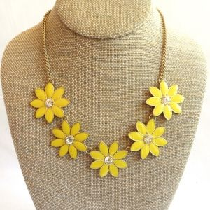 3/$30! Sweet Yellow Daisy Flower Necklace